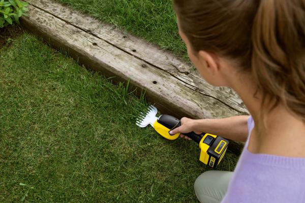 Аккумуляторные ножницы для травы GSH 18-20 Battery